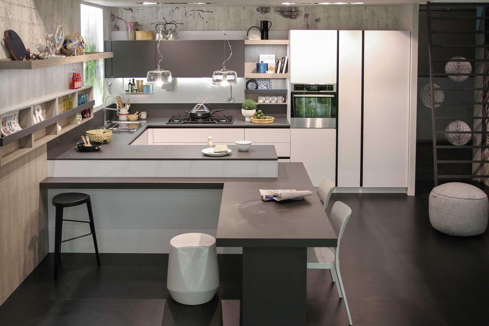 Cucina uno spazio con tante identit cose di casa for Snaidero cucine
