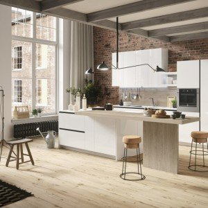 Della Collezione Everyone, la cucina First di Snaidero è modello perfetto per un ambiente giovane con un prezzo contenuto (a partire da 5.000 euro).