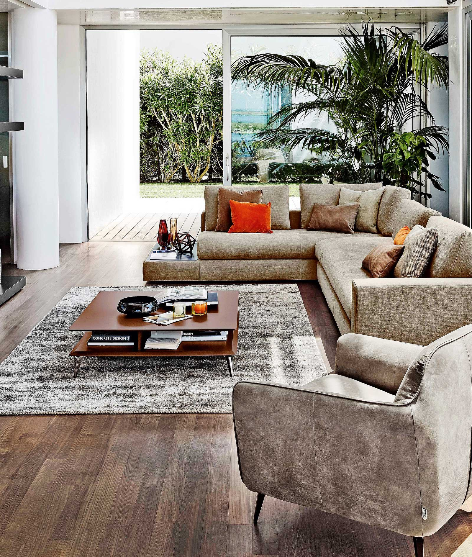 Dimensioni Tappeto Davanti Al Divano il tavolino per il soggiorno - cose di casa