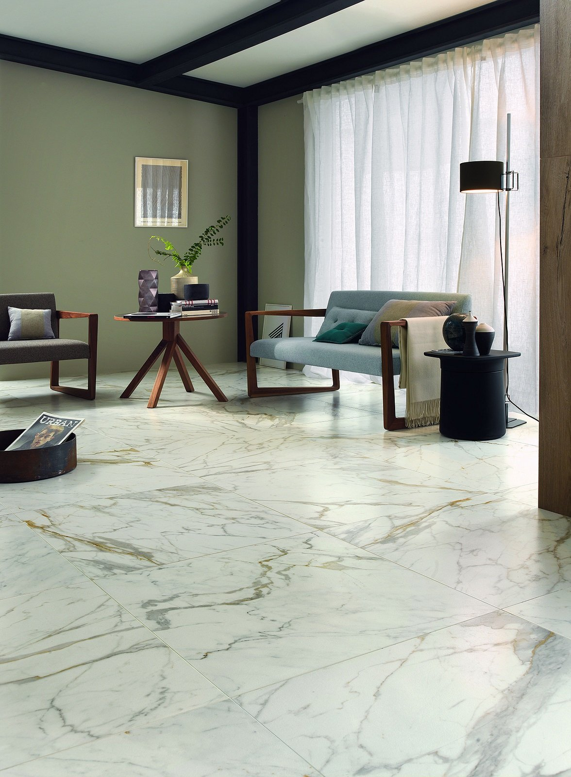 Pavimenti per il soggiorno marmo effetto marmo ed estetica legno cose di casa - Stucco per piastrelle ceramica ...