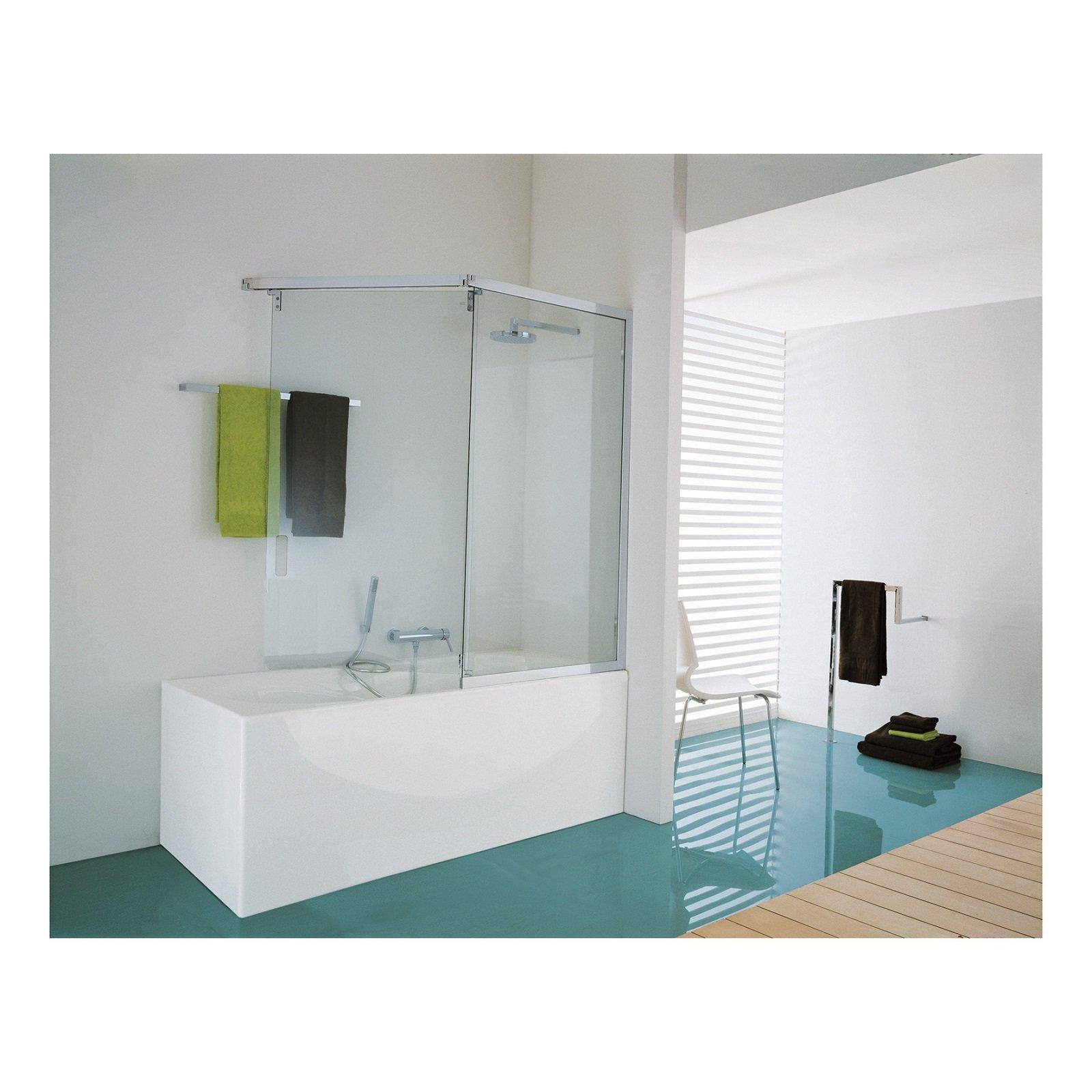 Salvaspazio la vasca con doccia cose di casa for Doccia solare da giardino leroy merlin