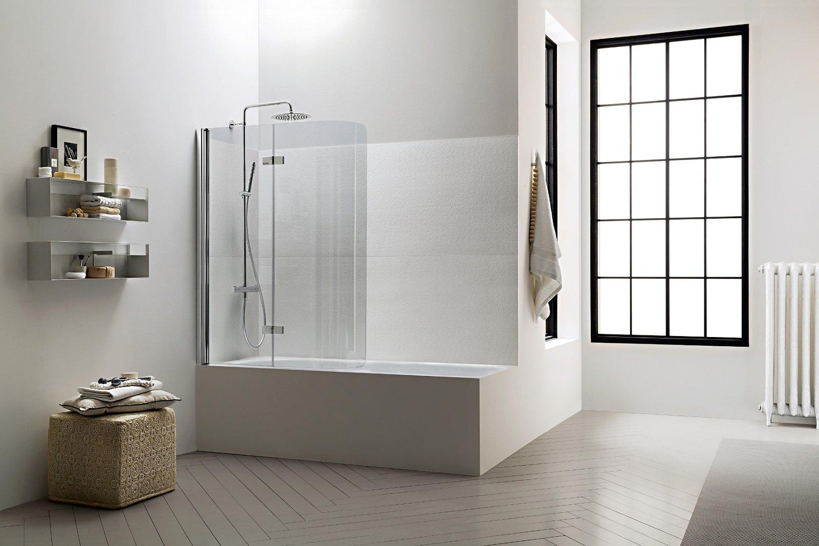 Salvaspazio la vasca con doccia cose di casa for Parete vasca pieghevole leroy merlin