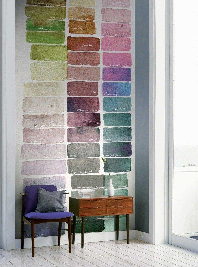 In vinilico su base carta, disponibile in due varianti di colore, Palette Coll. J&V141 Atelier di Jannelli & Volpi è un murales che misura L 136 x H 300 cm e costa 290 euro. www.jannellievolpi.it