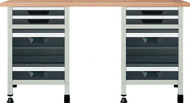 Il banco da lavoro di Leroy Merlin, con 8 cassetti, ha struttura in metallo e piano in legno; misura L 161 x P 65 x H 86 cm e costa 551,50 euro. www.leroymerlin.com