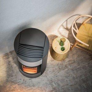 Halo è una stufa a pellet a ventilazione forzata.