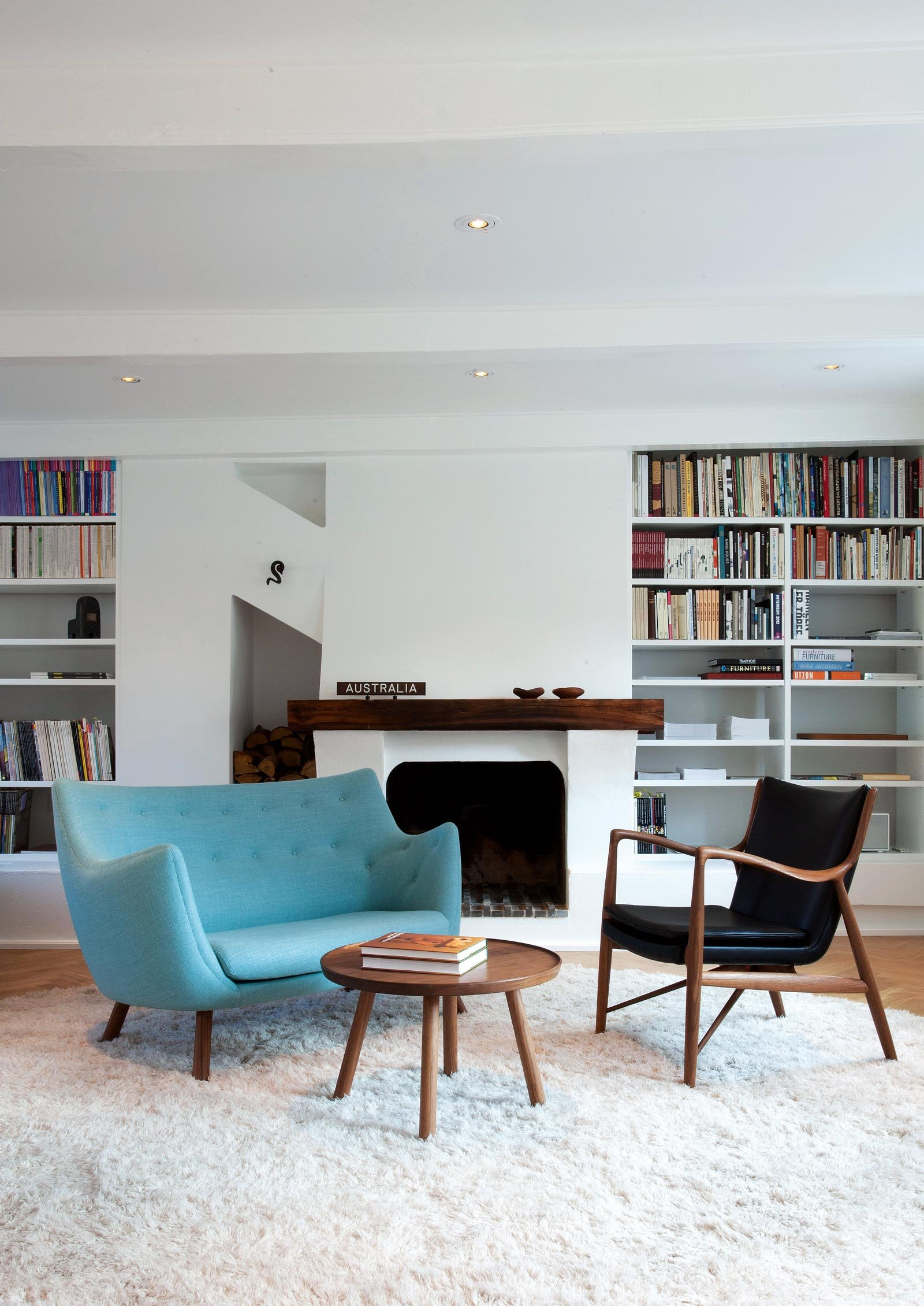 Divanetti nei colori moda non solo per un piccolo soggiorno cose di casa - Divanetti da cucina ...