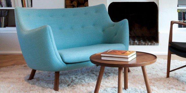 Divanetti nei colori moda. Non solo per un piccolo soggiorno