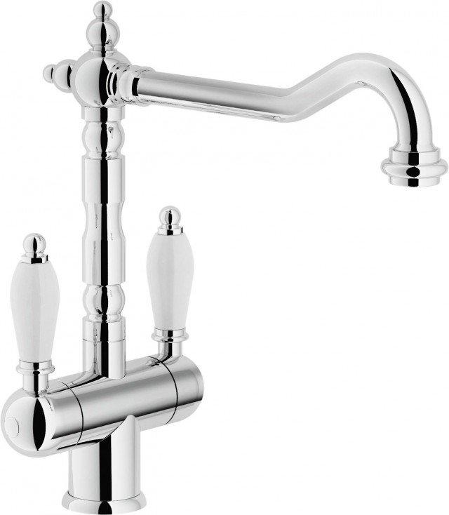 Ha linee rétro ma è attento al risparmio idrico il rubinetto a due manopole Antica di Teknobili.www.grupponobili.it
