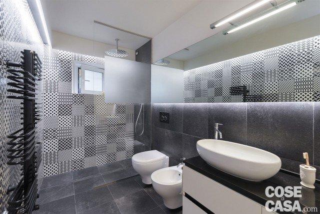 bagno piastrelle decor nel loft