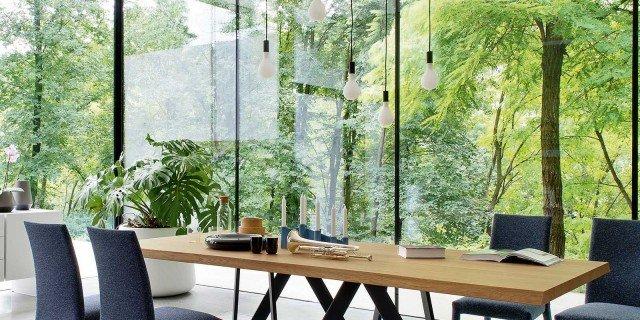 Tavoli, sedie, lampade: come abbinarli