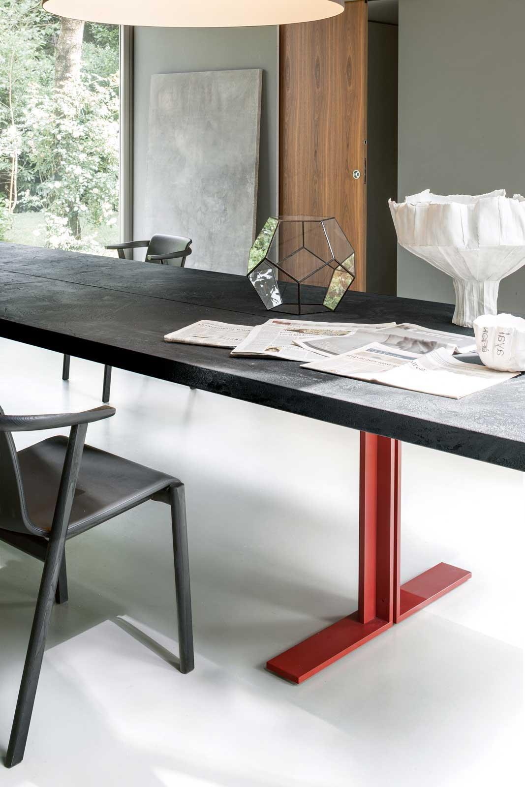 Design per la zona pranzo: i tavoli Lema, rettangolari e rotondi ...