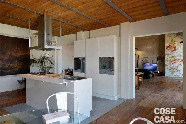 100 50 mq seconda vita per l 39 ex riseria cose di casa - Cucina 10 mq ...
