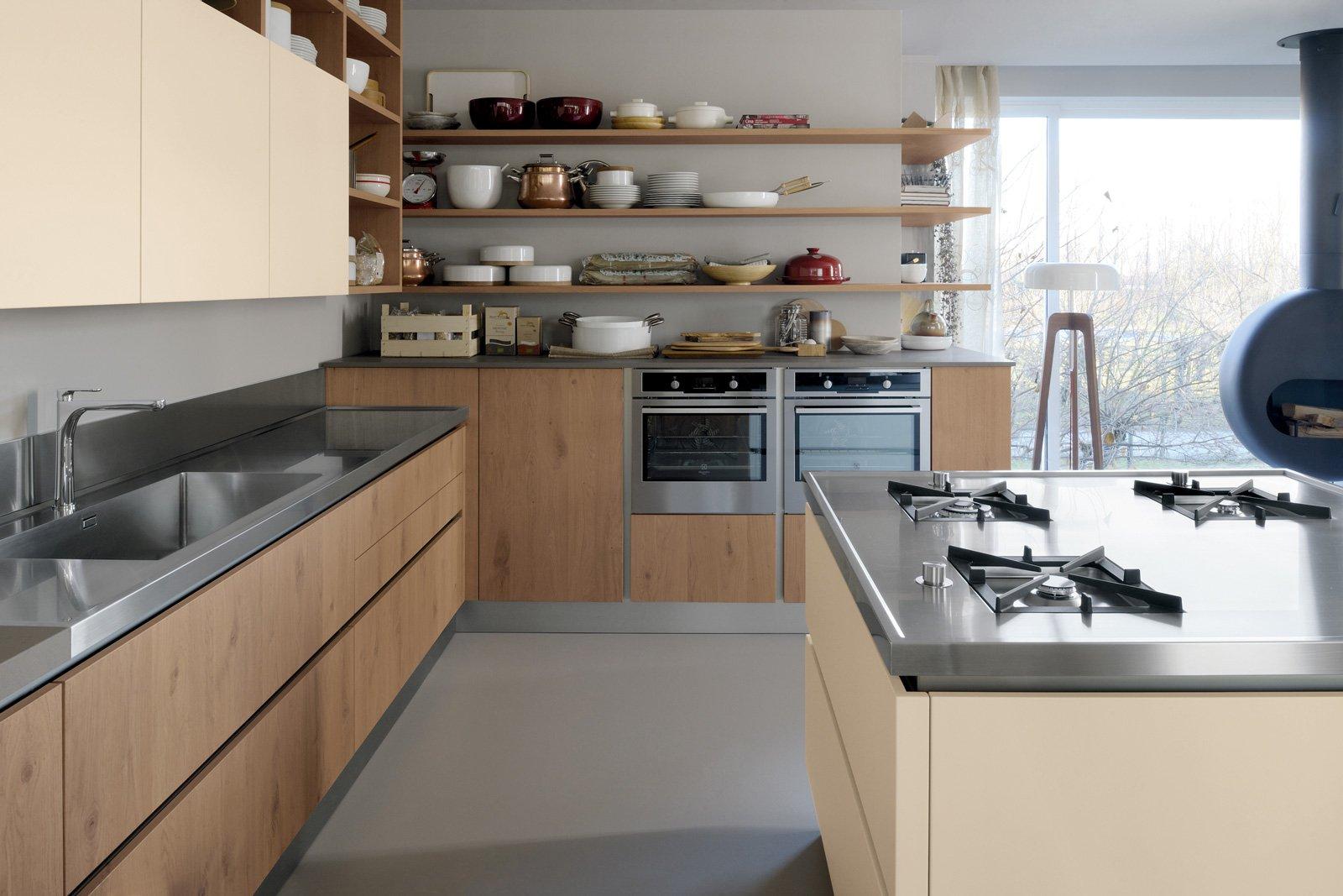 Piani di lavoro innovativi per la cucina cose di casa for Piani di casa porte cochere