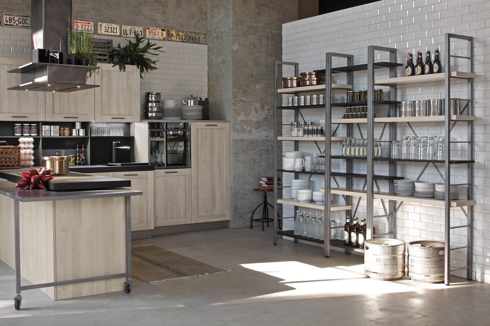 Cucine in stile industriale materiche e vissute cose di - Cucina stile vintage ...