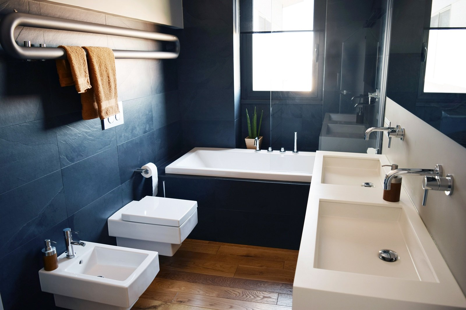 Sottotetto su due livelli con ambienti open space cose - Smalto per pareti bagno ...