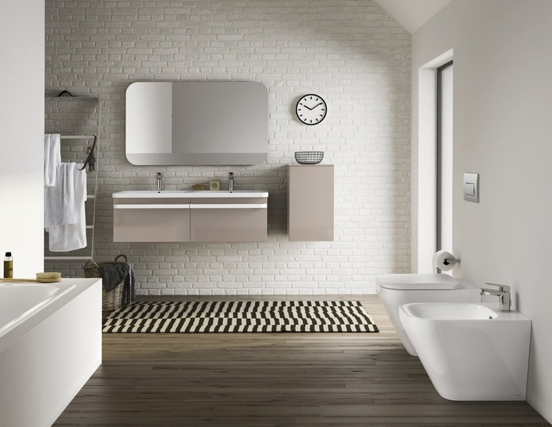 design e tecnologia per il bagno dal lavabo alla vasca cose di casa. Black Bedroom Furniture Sets. Home Design Ideas