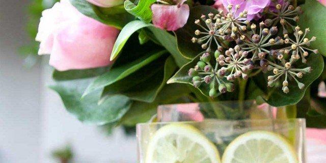 Saper fare: il centrotavola di rose e limoni