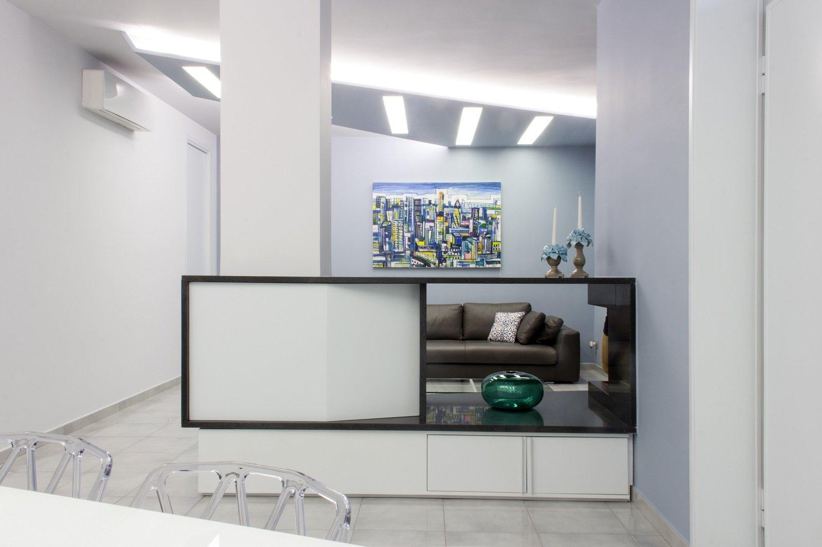 Una casa tra tradizione e modernit cose di casa for Piani di casa sotto 100k