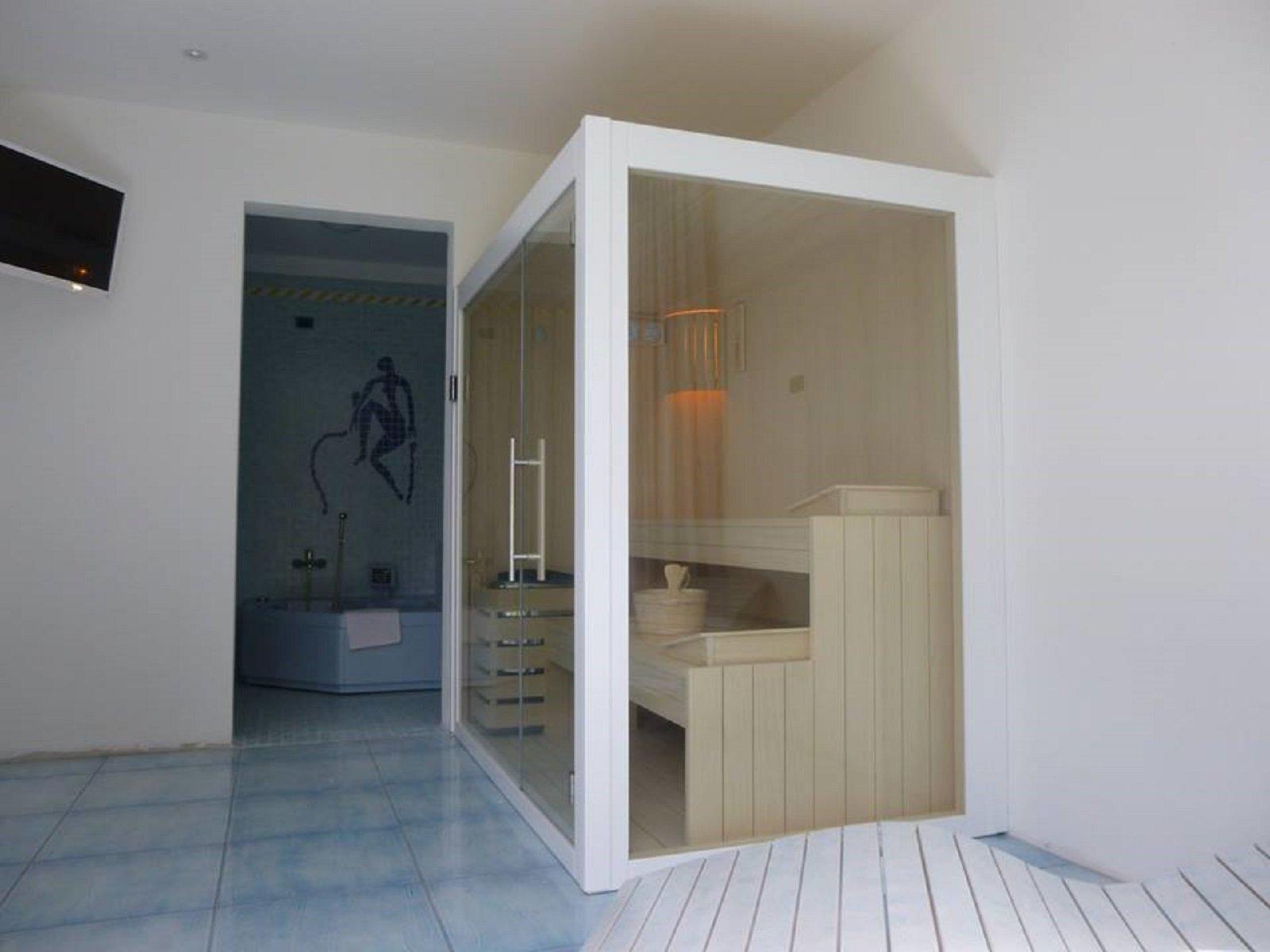 Saune relax a casa per tutti gli spazi grazie alle - Costo sauna per casa ...