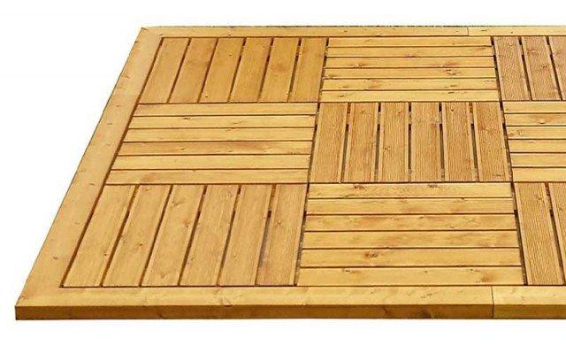 Si può posare su qualsiasi tipo di superficie il rivestimento a quadrotti di Original Legno in pino massello; un elemento, spesso 4 cm, misura L 60 x L 60 cm e costa 14 euro. www.original-legno.it