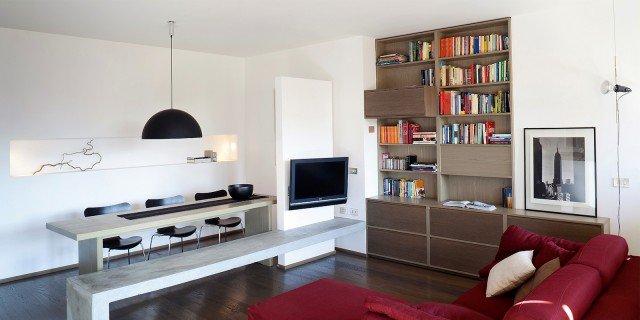 Una casa di 65 mq con volumi funzionali e originali quinte per dividere