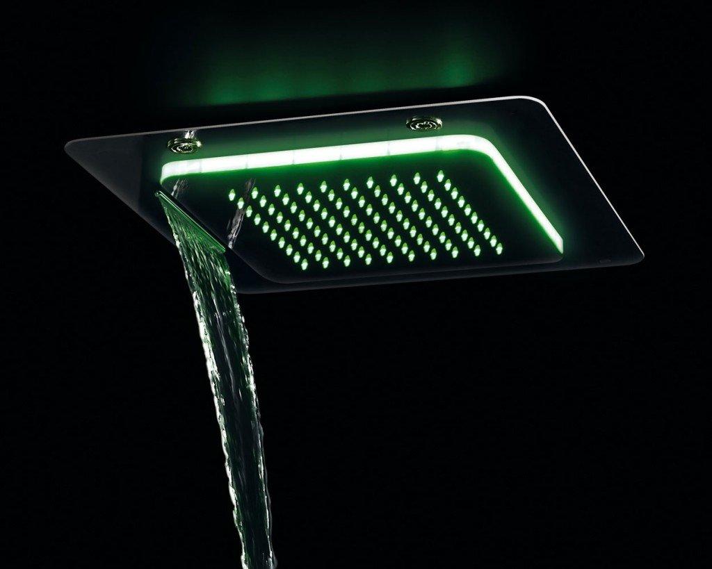 Docce rigeneranti per i bagni di casa cose di casa - Soffione doccia a soffitto ...