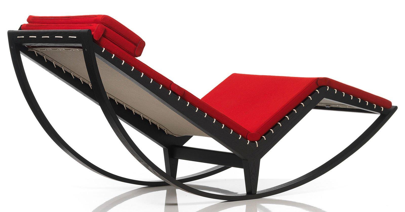Sedie A Dondolo Per Terrazzo una sedia a dondolo per arredare il soggiorno o la camera
