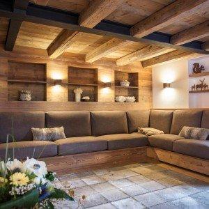 Casa di montagna moderna e funzionale e che fa for Disegni della casa di tronchi