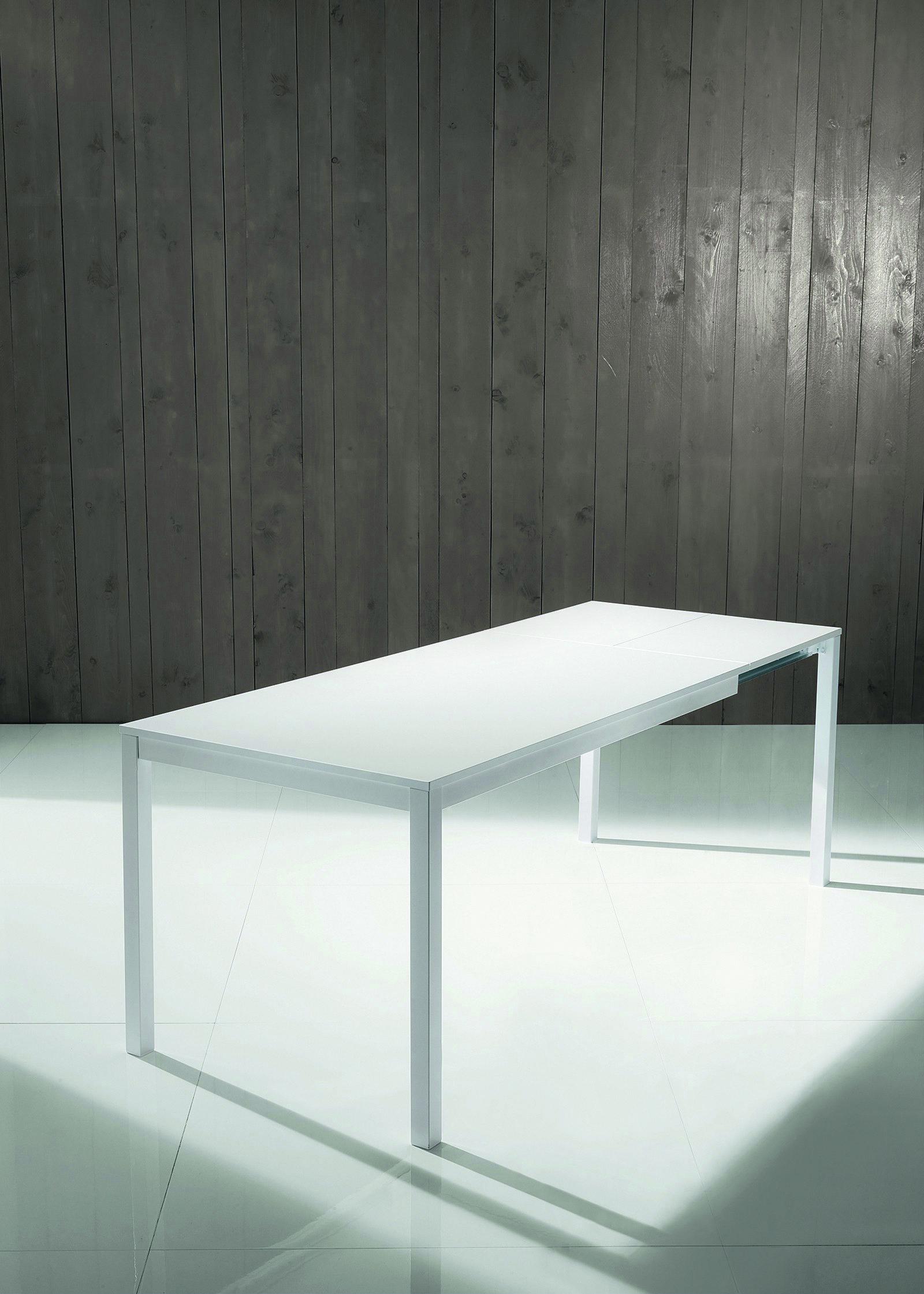 713 allungabile il tavolo mago di bontempi casa ha la for Arredare casa con 10000 euro
