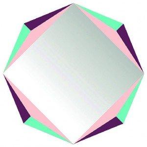Autodesivo, lo specchio The Octagon di Domestic ha cornice multicolor. Misura Ø 48 cm. € 65