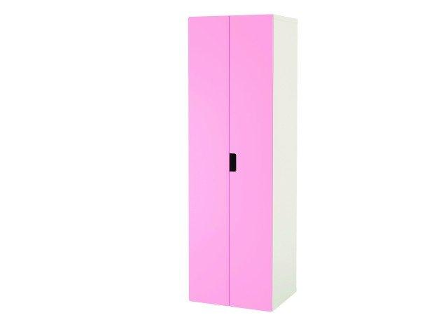 Dotato di bastone appendiabiti, ripiano e cestello, l'armadio Stuva di Ikea misura L 60 x P 50 x H 192 cm. € 91*
