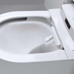 Doppio getto. Due ugelli separati: uno standard e uno per l'igiene intima femminile, per il massimo dell'igiene.