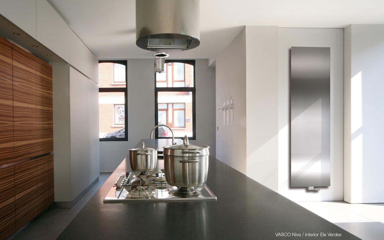 Verticale Designradiator Woonkamer : Designradiator woonkamer vasco u e wibma ontwerp