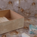 Una vecchia persiana trasformata in un portacd cose di casa for Porta anelli fai da te