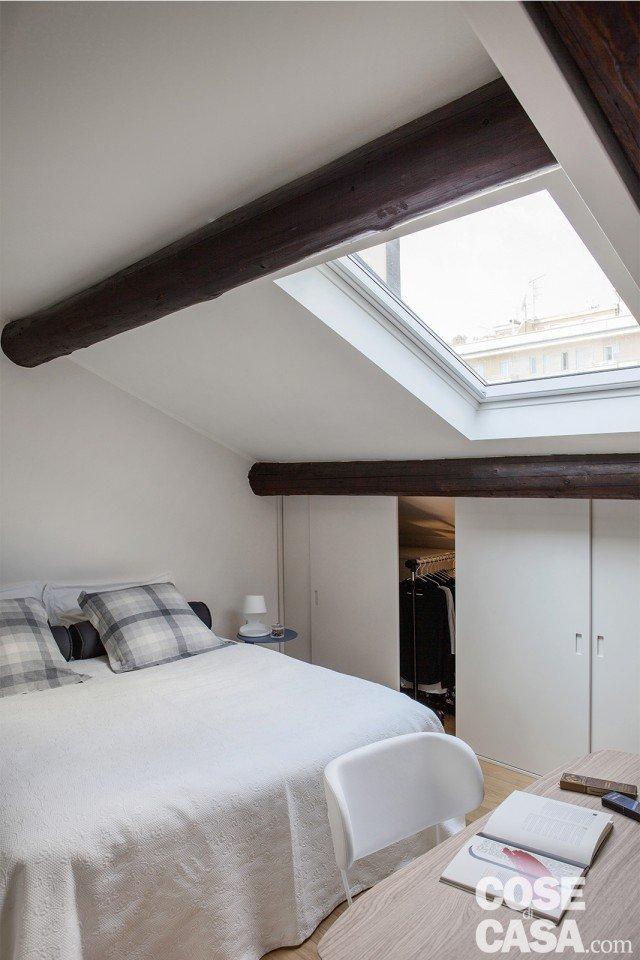 camera letto armadio mansarda