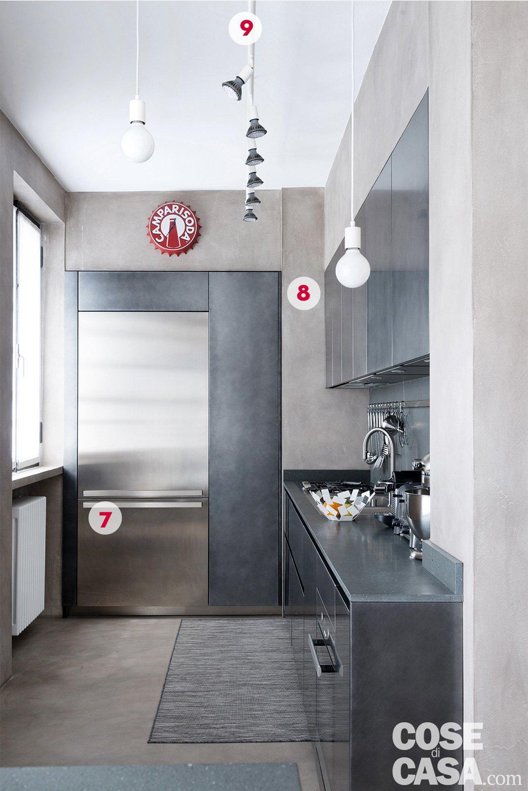 Interni di 67 56 50 mq elogio della semplicit cose di casa - Cucina incassata ...