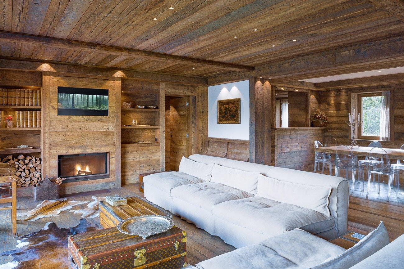 Legno pietra e resina nello chalet contemporaneo cose for Progetti per ristrutturare casa