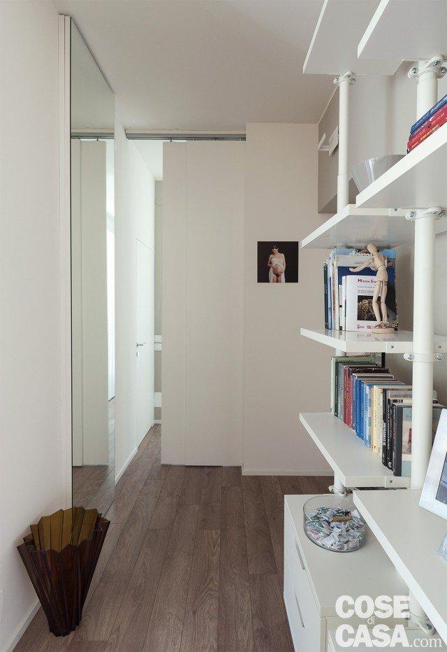 Low cost 52 mq ristrutturati con solo 228 euro al mq cose di casa - Quanto costa una porta scorrevole ...