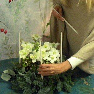 Per aggiungere eleganza e creare un'atmosfera suggestiva, non possono mancare le candele.