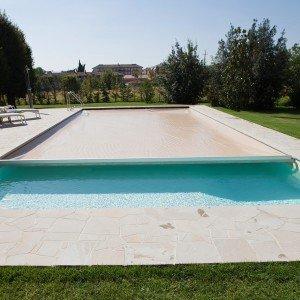 Piscine d 39 inverno quale copertura cose di casa for Castiglione piscine