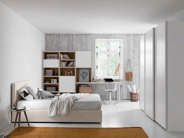 È formata da un letto imbottito, un grande cameretta con armadio e una zona studio con libreria e scrittoio. OL 31  ZG Mobili.