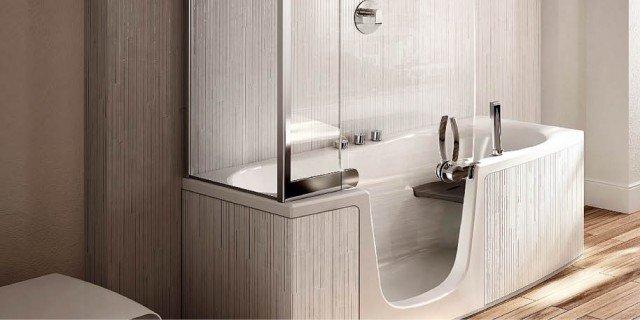 Vasca e doccia: insieme, per risparmiare spazio