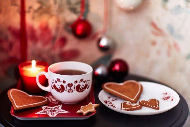 Apparecchiare bene per una colazione natalizia cose di - Tazze colazione ikea ...