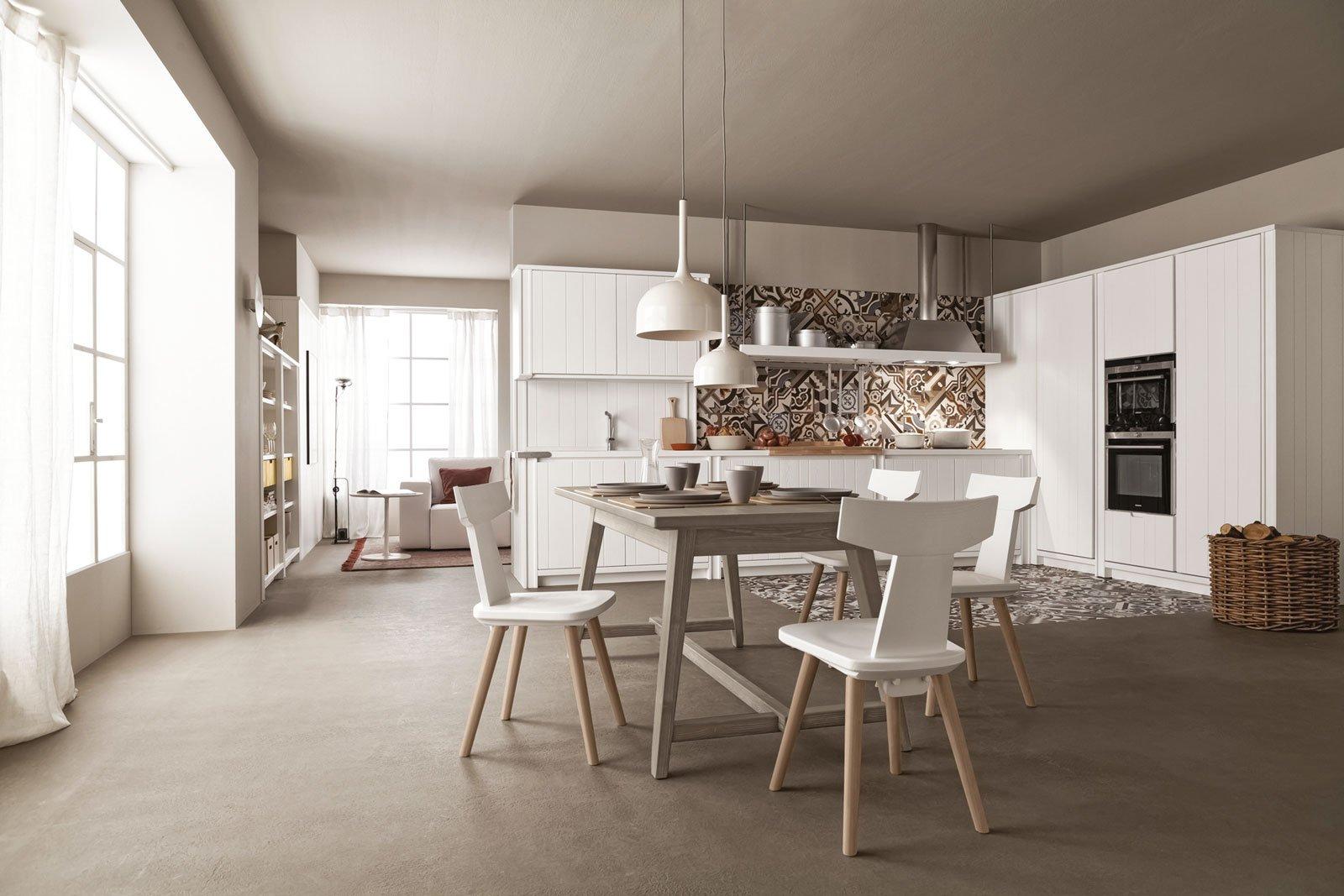 Cucina bianca il fascino eterno della luminosit cose - Cucina tortora e bianca ...