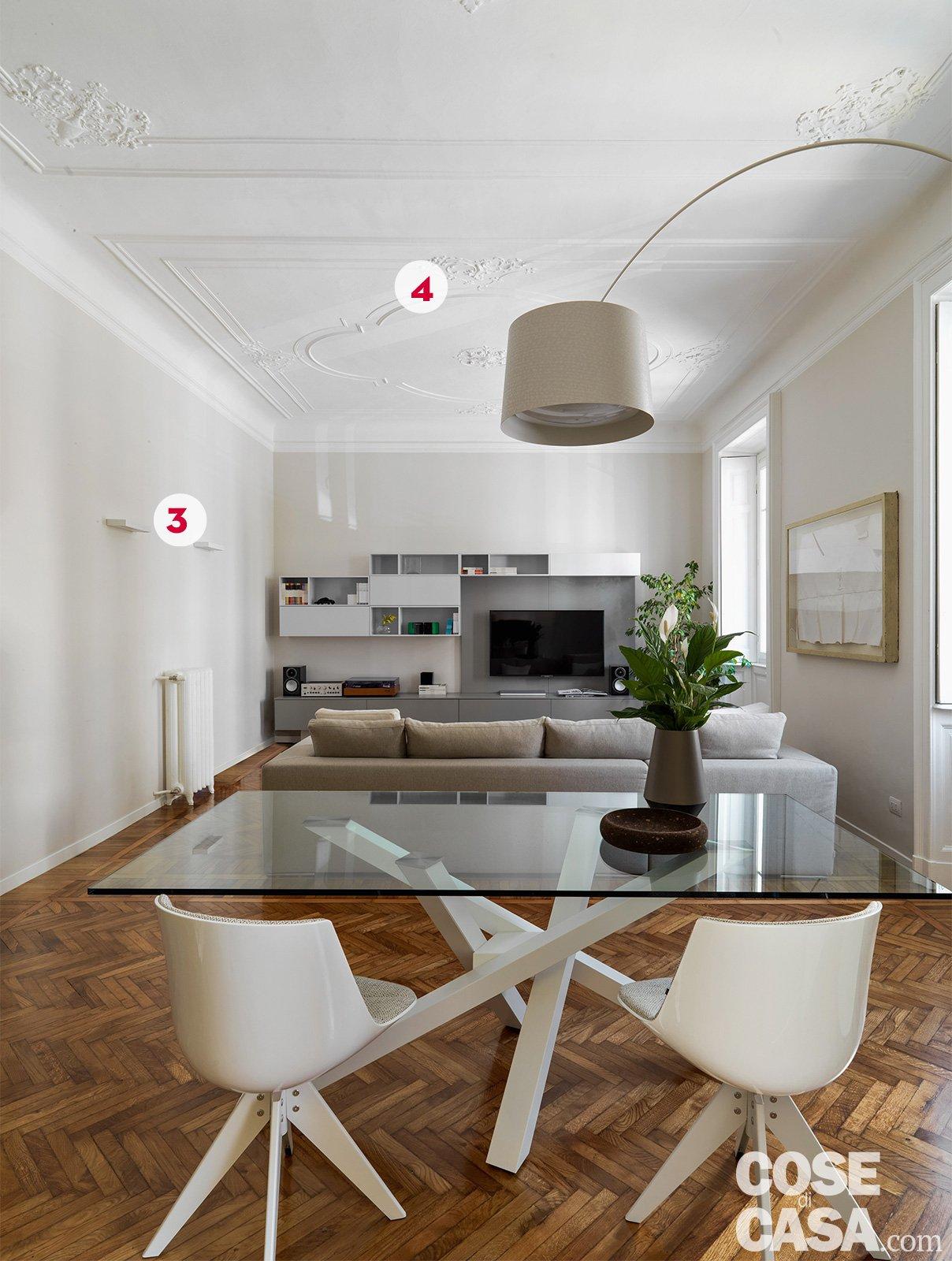 140 mq una casa con pavimenti originari in parquet e - Altezza quadri sopra divano ...
