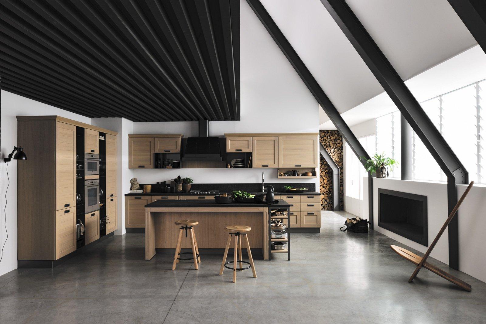 Superfici materiche in cucina cose di casa - Cucine in legno chiaro ...