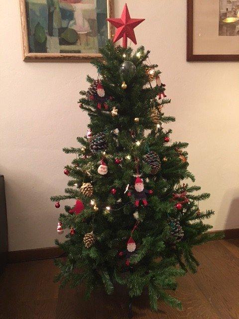 Albero di nicola b cose di casa - Decorazioni natalizie moderne ...