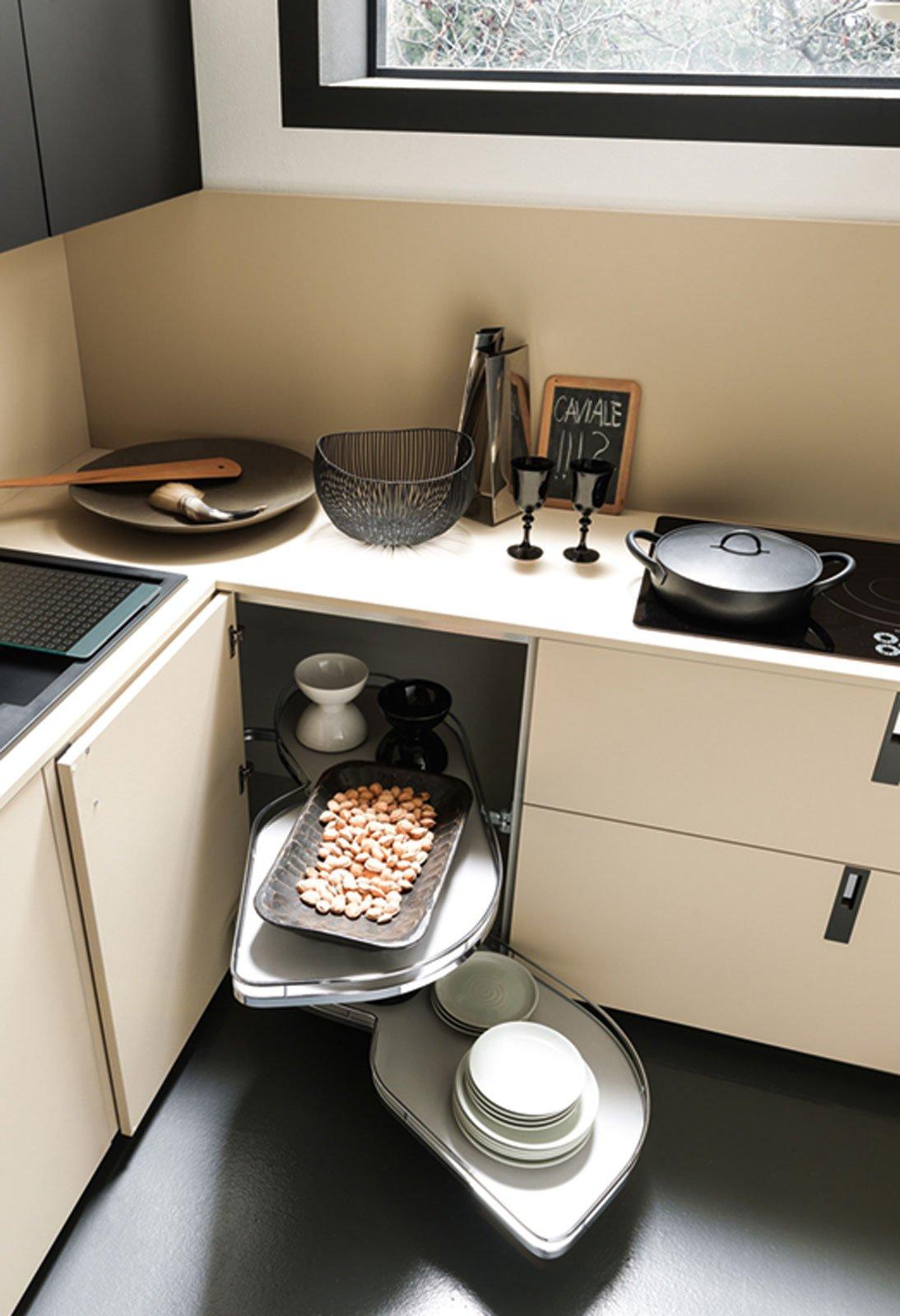 Cucina Con Due Angoli : Sfruttare l angolo in cucina cose di casa