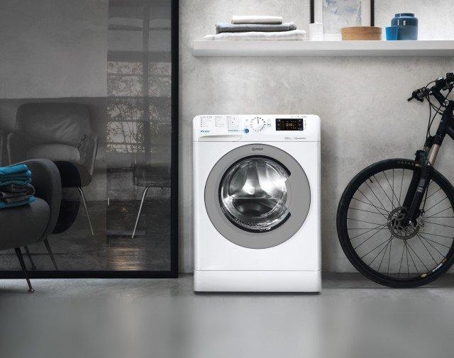 Indesit INNEX_DG201572354 lavatrice