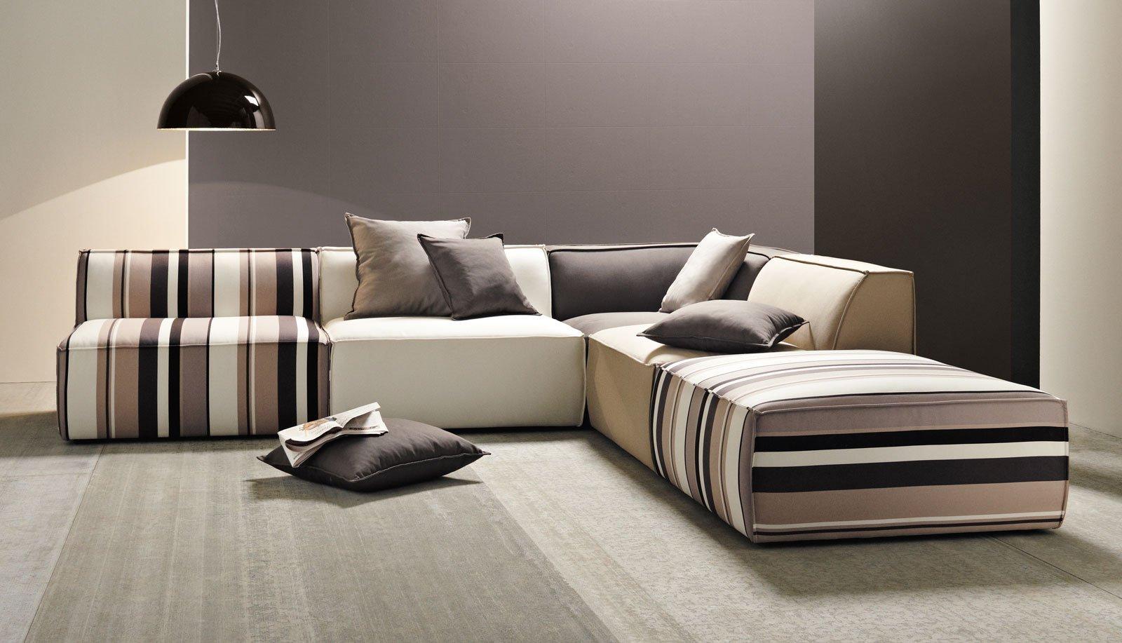 Maisonsdumonde manhattan divani moderni cose di casa for Divani moderni
